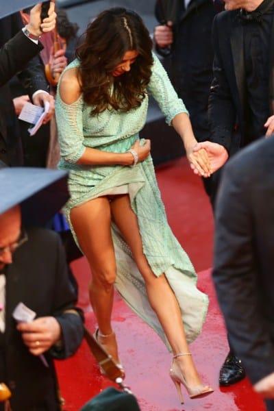 Eva Longoria Se Destapa En Cannes 161 Oops La Columnaria Blog